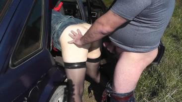 Extreme sex in car. Outdoor sex. Lover cumshot. Creampie