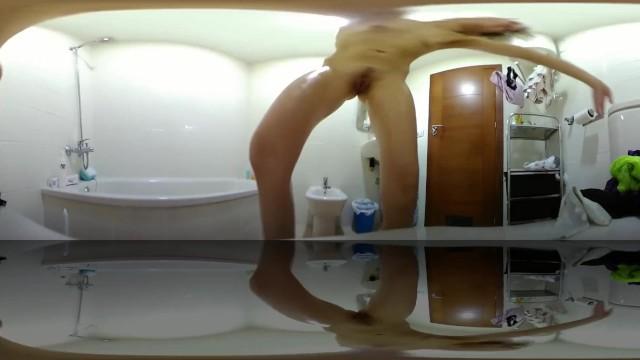 GORGEOUS GIRL TAKES YOU TO THE CLOSEUP TOILET INTIMATE POV 360 VR