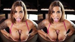 Luxury anal escort Heidi Van Horny rides your dick in VR POV hardcore porn