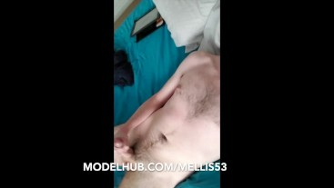 PISSING AND CUMMING IN A SINGLET