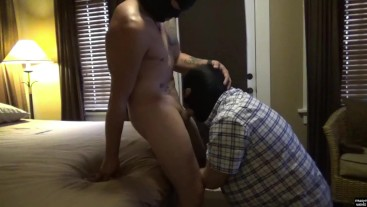 Straight Brett: Muscle Guy Blowjob