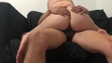 Big ass white girl gets an interracial creampie!