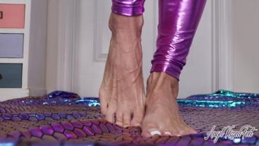 Veiny Feet Sticky And Sweet - Nikki Ashton