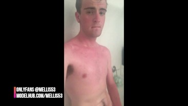 TWINK JERKING IN THE SHOWER IN MIAMI