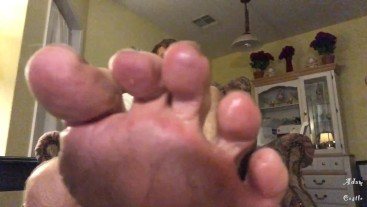 Alpha Guy Gives Mailman A Foot Worship JOI