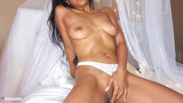 Horny Asian Teen Makes Herself Cum in Her Panties