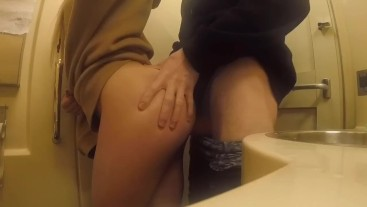 Fast sex with a stranger in a train toilet