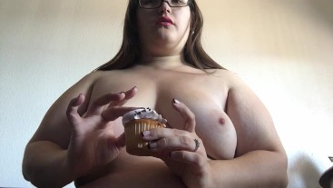 cute Chubby whore spreads cake on her tits (chocholate/vanilla)