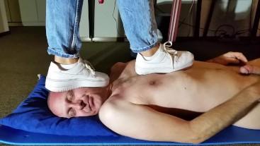 Head Trampling with Nike Sneaker