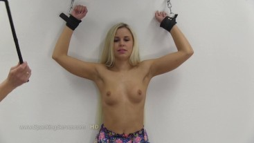 Lola's breast whipping 1809