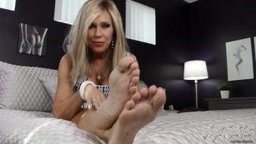 Remembering A Future With Feet - Nikki Ashton