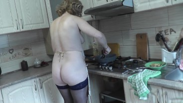 Naked cooking. Cooking in kitchen with naked Milf DuBarry. Natural tits. Ass. Hairy pussy. Nipples